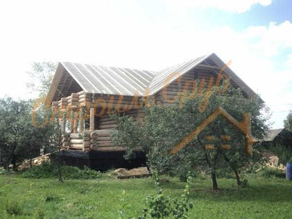 Строительство дома из бревна на фундаменте